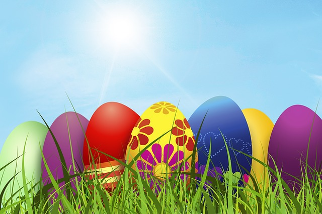 http://pixabay.com/en/easter-easter-egg-cheerful-egg-320206/